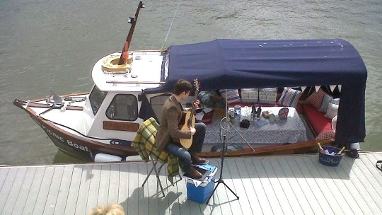 The Picnic Boat in Dartmouth